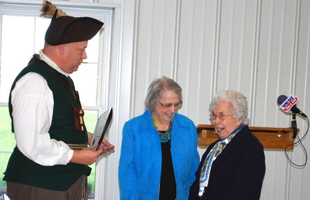 Geoff Baggett, James Thomas Chapter Regent Virginia Alexander, and Dr. Mary F. Futrell